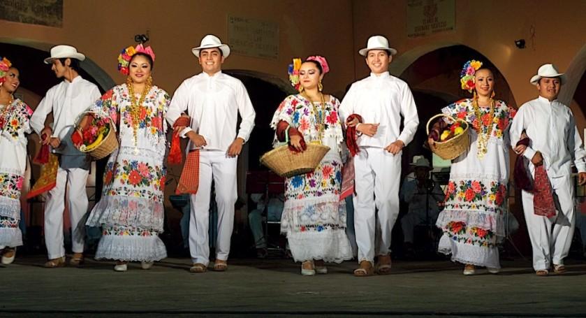 Merida Dancers